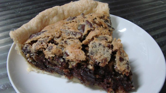 What Is a Good Kentucky Derby Pie Recipe?