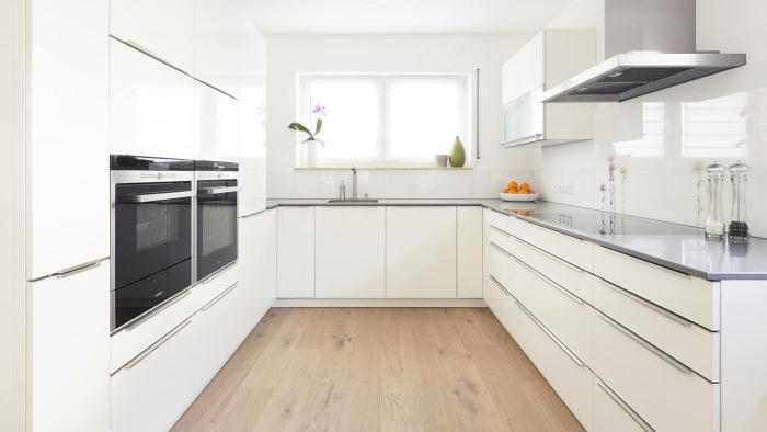 Where Can You Buy a Replacement for a Glass Oven Door?