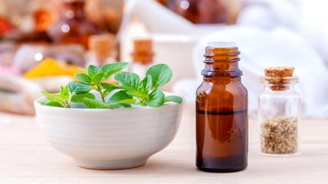 What Are Some of the Benefits of Using Oregano Oil?