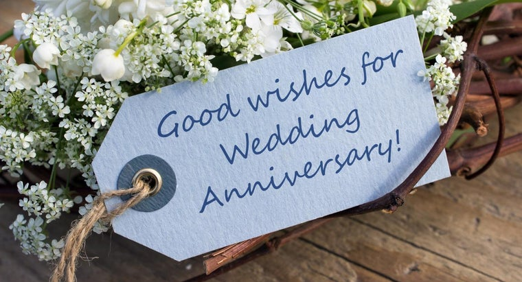 What Should You Write in Anniversary Wishes for a Friend?