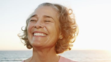 What Are the Advantages of a Tooth Implant Over a Bridge?
