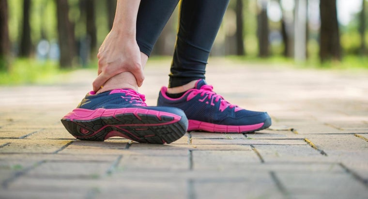 What Causes Pain and Swelling in the Ankle?