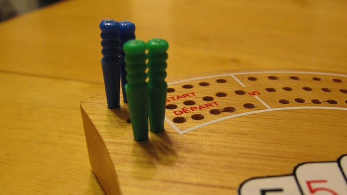 What Are the Basics of Playing Cribbage?