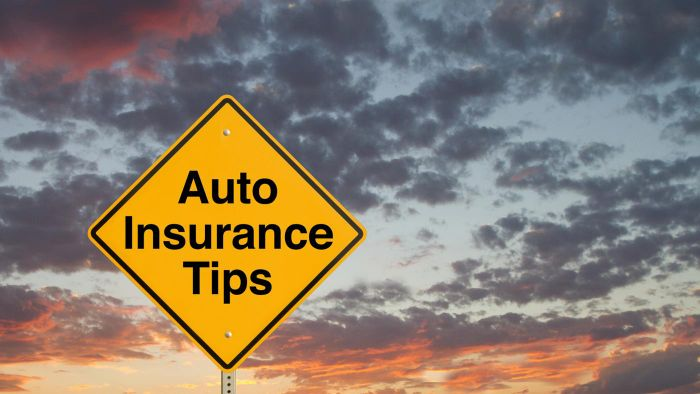 How Do You Get a Deal on a Car With Free Insurance?