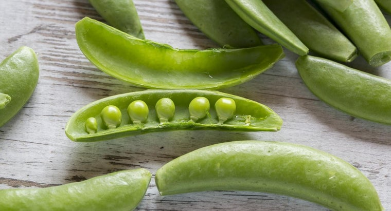 What Is the Easiest Way to Cook Snow Peas?