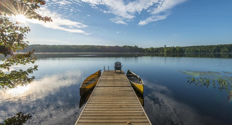 What Are Some Businesses That Sell Used Boat Docks?