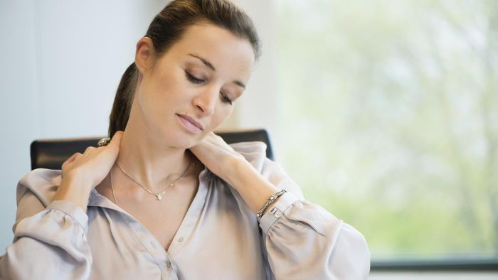 How Do You Treat a Bulging Disc in the Neck?