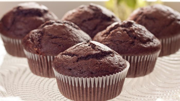 What Is an Easy Recipe for Chocolate Muffins?