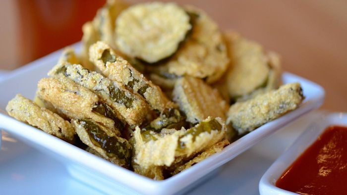 What Are Some Recipes for Fried Pickles?