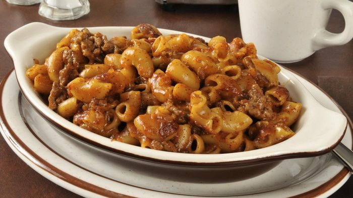 What Are Some Recipes for Chili Mac Casseroles?