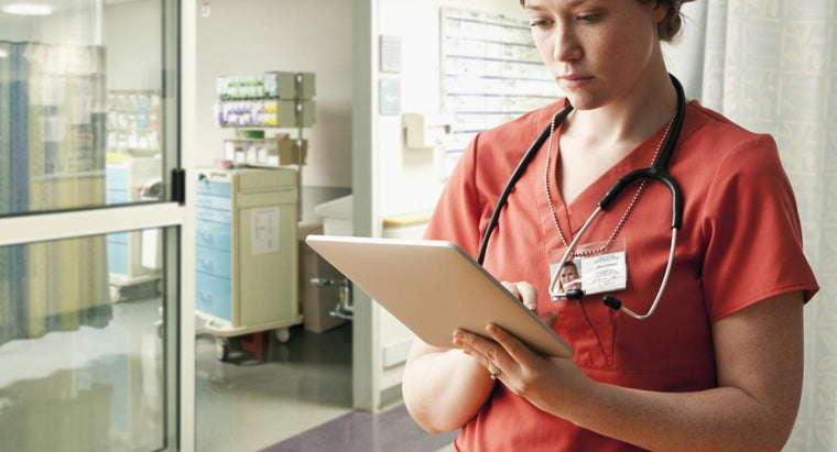What Are the Job Duties of a Public Health Nurse?