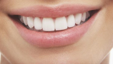 What Are Some Natural Tooth Whitening Products?