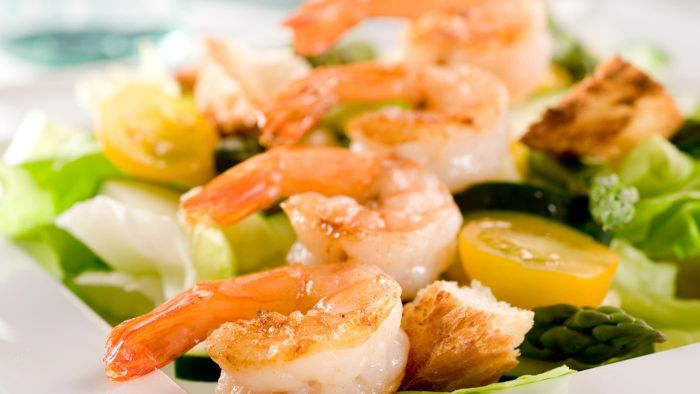 What Are Some Easy Cold Shrimp Salad Recipes?