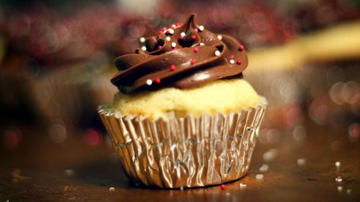 What Is the Easiest Recipe for Chocolate Cupcake Icing?