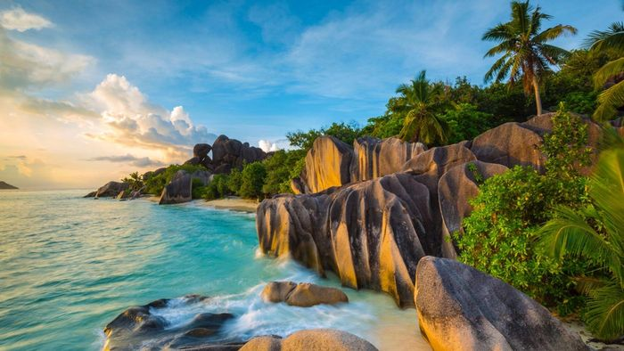 What are some cheap Seychelles holiday packages?