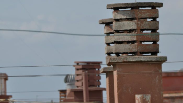 What Products Are Available to Block a Chimney Flue?