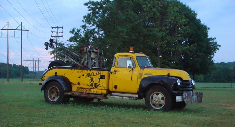 What Are Some Tips for Purchasing a Used Tow Truck?