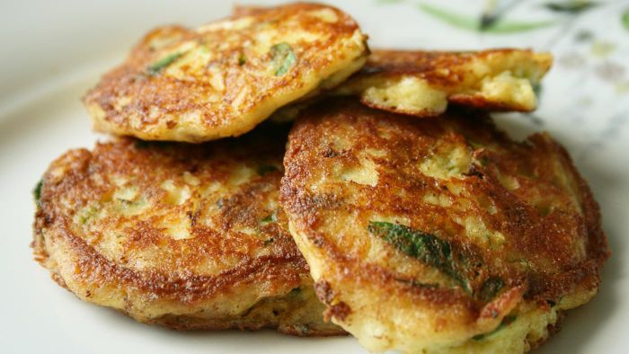 What are some simple recipes for potato pancakes?