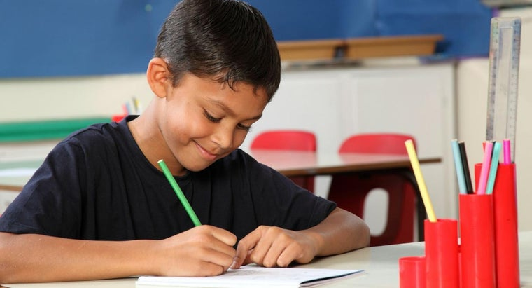 What Are Some Good Writing Prompts for 5th Graders?