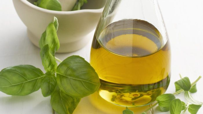 What Are Some of the Health Benefits of Using Oil of Oregano?