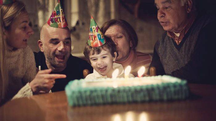 What Are Some Popular Locations for Indoor Birthday Parties?