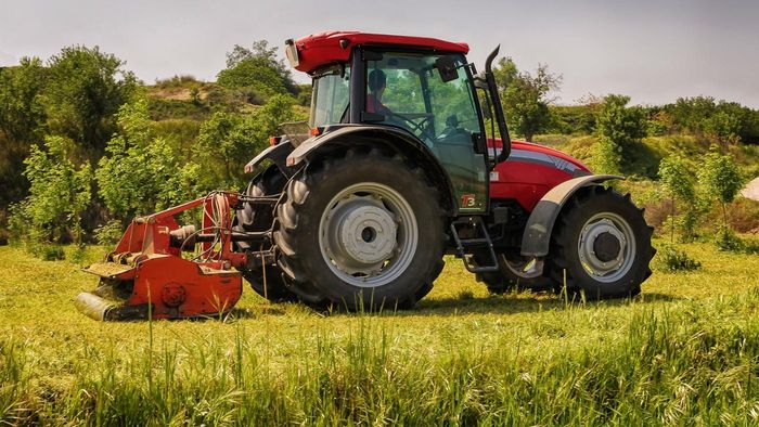 What Are the Features of Fastline Farm Equipment?