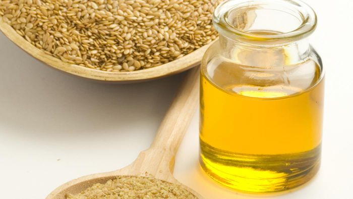 What Are Some Uses of Linseed Oil?