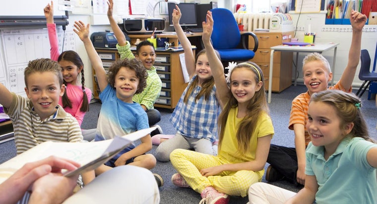 What Are Some Features of Elementary Schools?