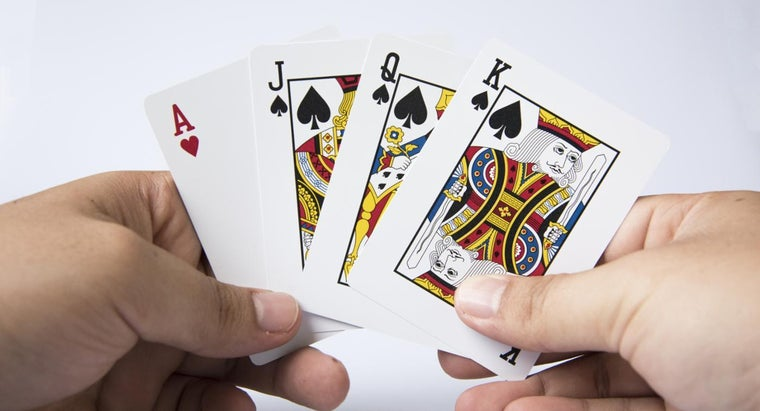 What Are the Rules for the Card Game Garbage?