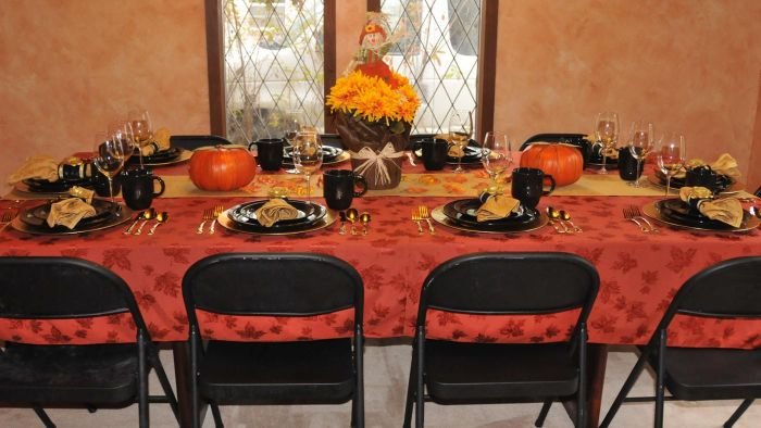 How Do You Set a Formal Table?