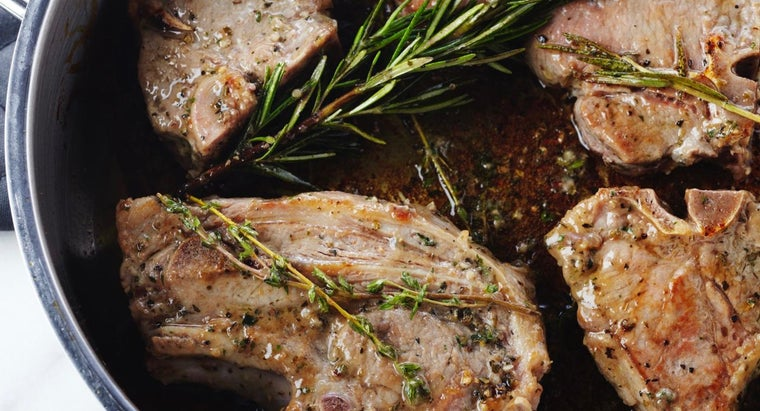 How Can You Cook Juicy Pork Chops in the Oven?