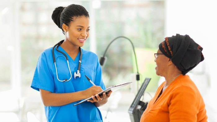 What Is a Typical Salary for a Nurse Practioner?