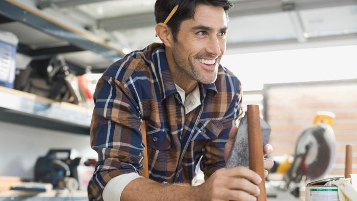 What Companies Offer Carpentry Courses During the Weekend?