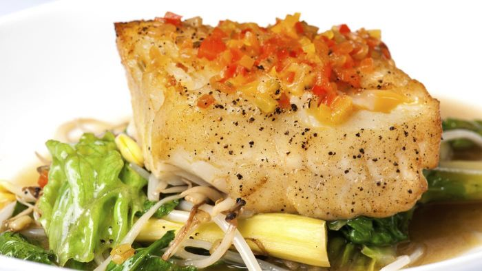 What Is an Easy Recipe for Baked Halibut?