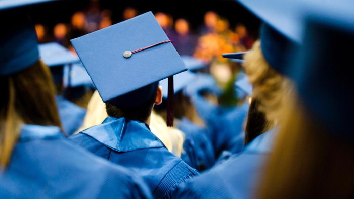 What Is the Difference Between Bachelor of Arts and Bachelor of Science Degrees?