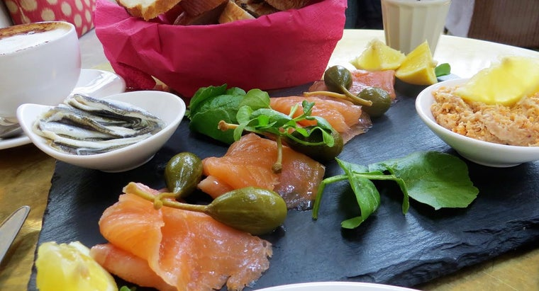 What Is a Good Recipe for Smoked Salmon?