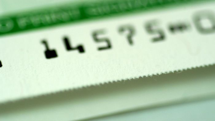 Can you find bank routing numbers online?