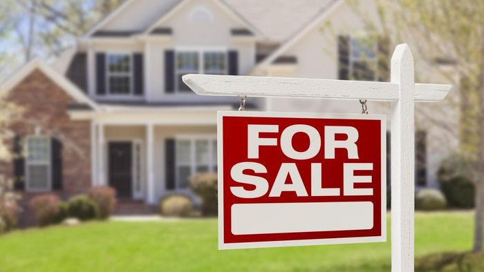 How Do You Buy a House That Is a Short Sale?