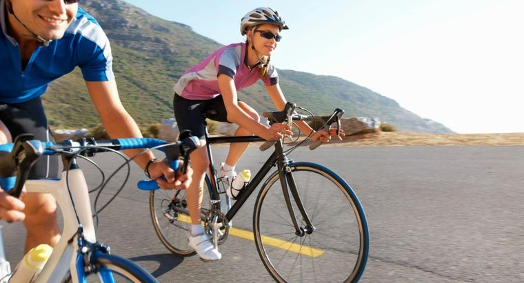What Are Some Recommended Road Bicycles for Beginners?