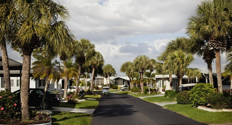 """What Is """"The Villages"""" in Florida?"""