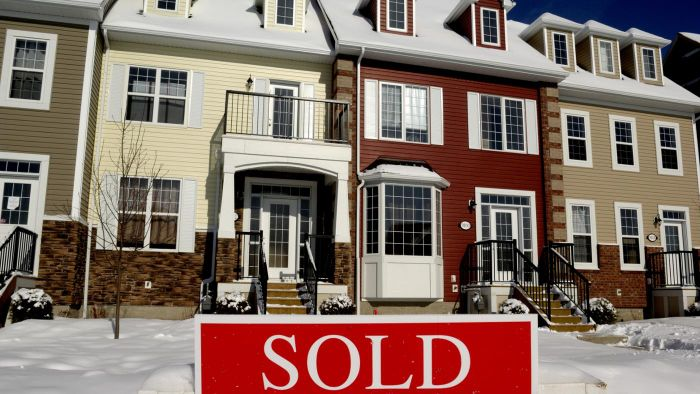 How Does Proprio Direct Help Sell a Home in Canada?