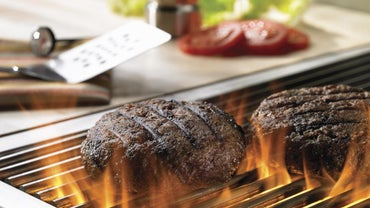 What Are Some Good Recipes for Grilled Hamburgers?
