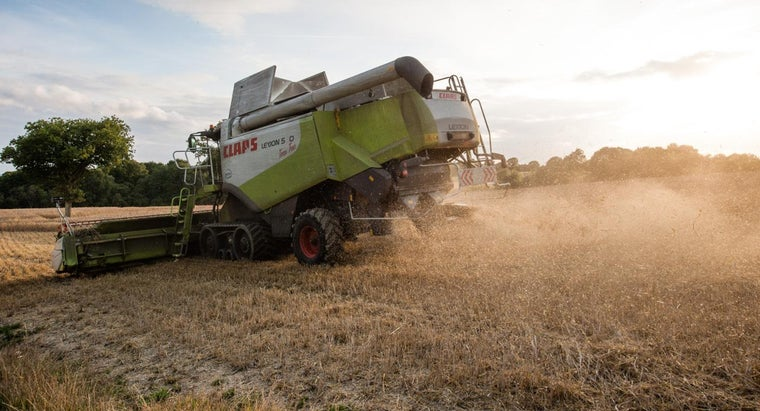 What Are the Specs for a Case IH Combine?