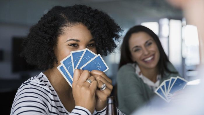 What Are Some Alternative Rules for Pinochle?