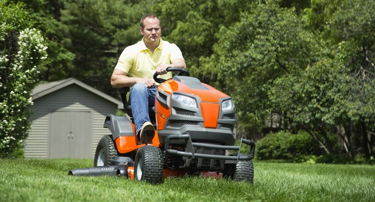 How Do You Find Dealers for Poulan Mowers in Your Area?