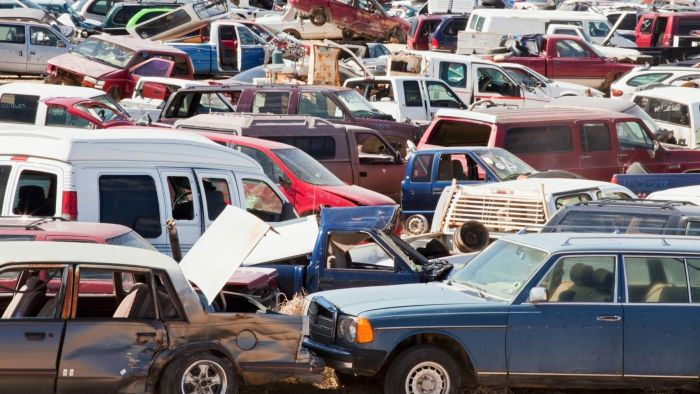 How Does a Salvage Yard Make Money?