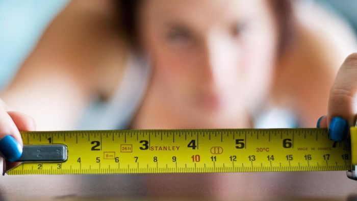 Where Can You Find a Table to Convert Inches to Centimeters?
