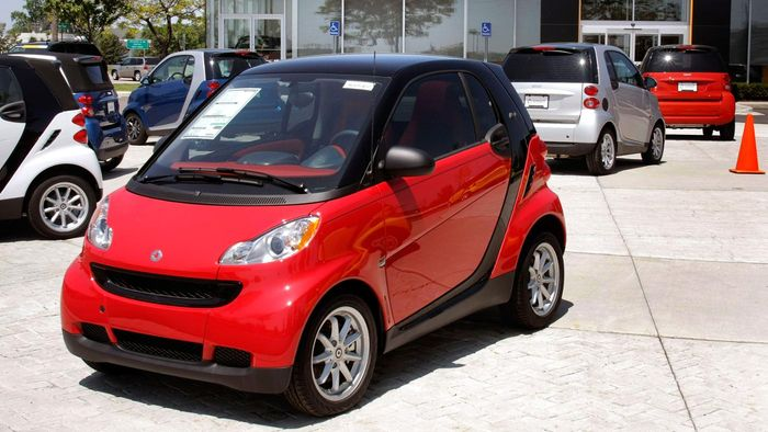 What Different Kinds of Cars Does Smart Produce?