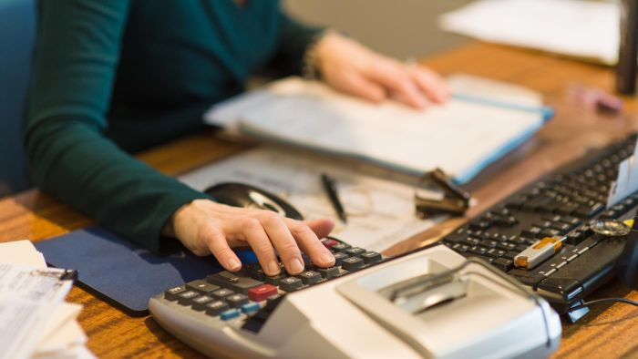 What Are the Typical Work Duties of an Accounts Payable Specialist?