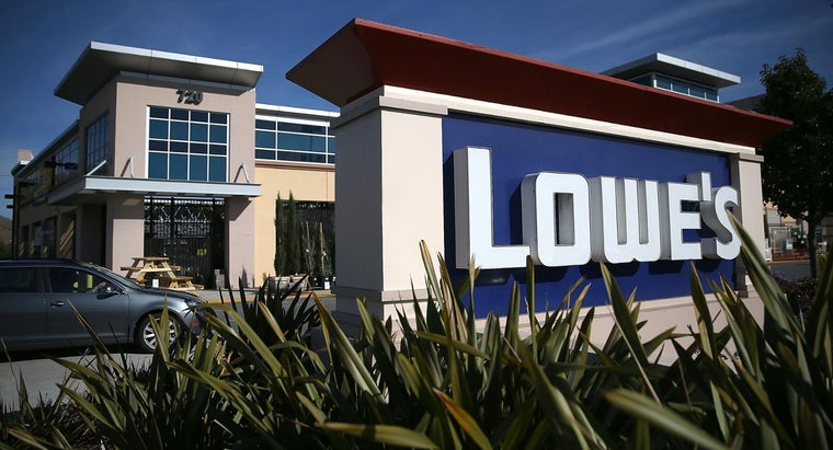 How Do You Find Lowe's Store Hours?